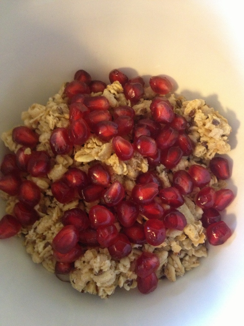 Cereal with pomegranate