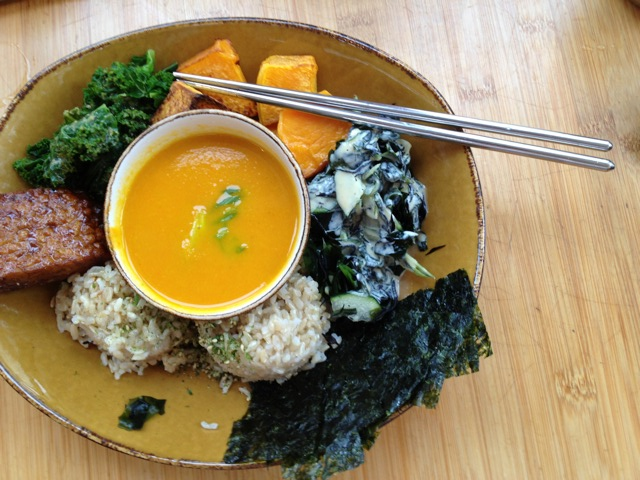 Kale, squash, seaweed, tempeh and nori