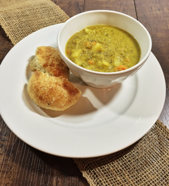 Split pea soup with rosemary rolls