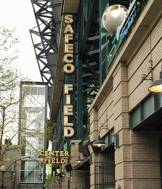Safeco center field sign