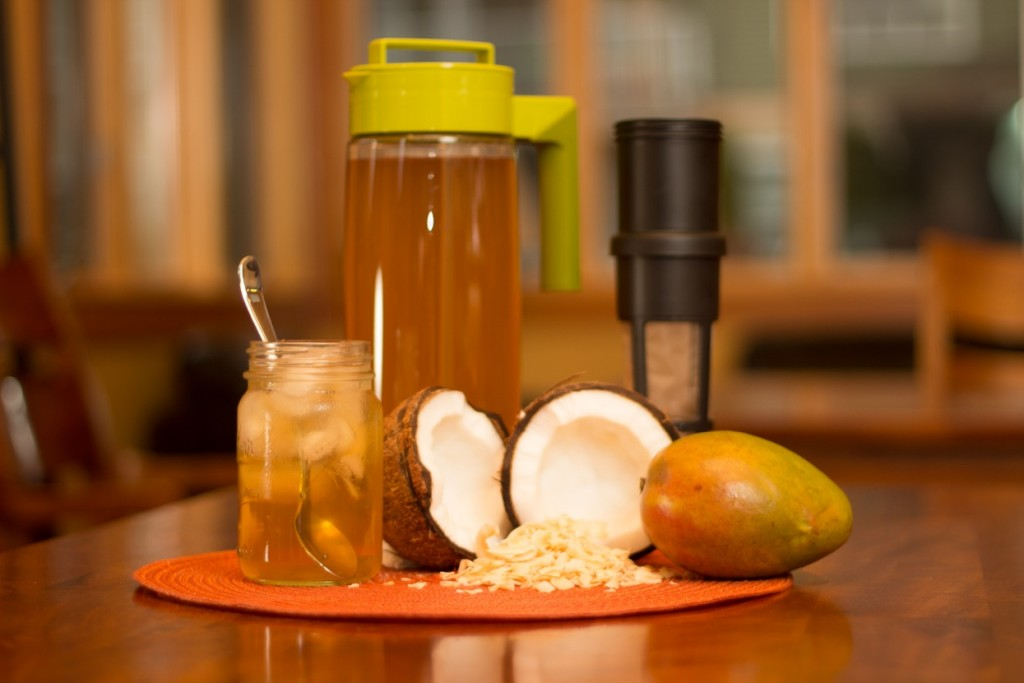 Coconut Mango Iced Tea