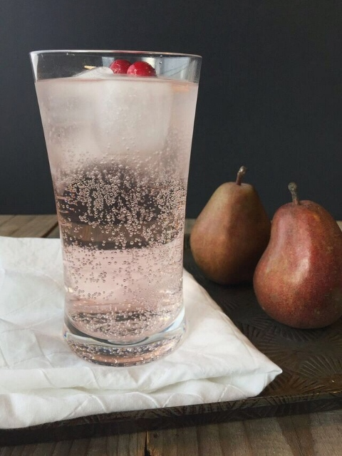 Cranberry pear vinegar shrub