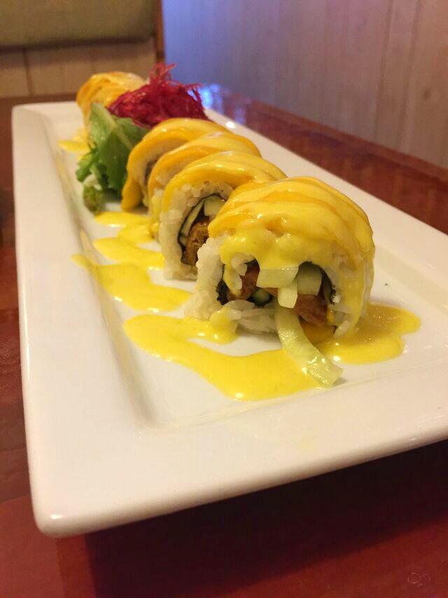 Hanaya mango roll