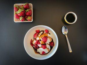 Strawberry Sundae with Dark Chocolate Balsamic Vinegar-2