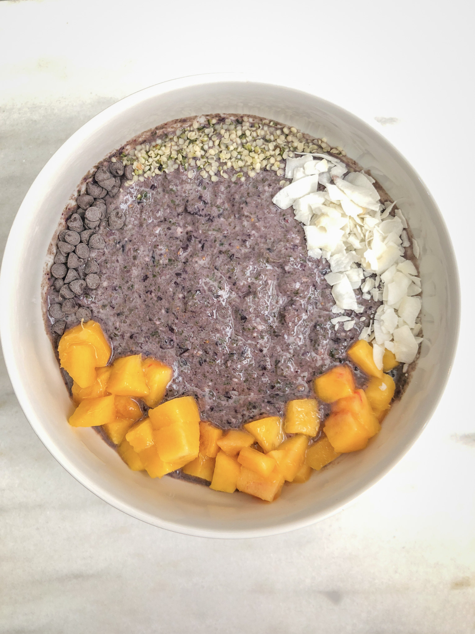Smoothie bowl with toppings
