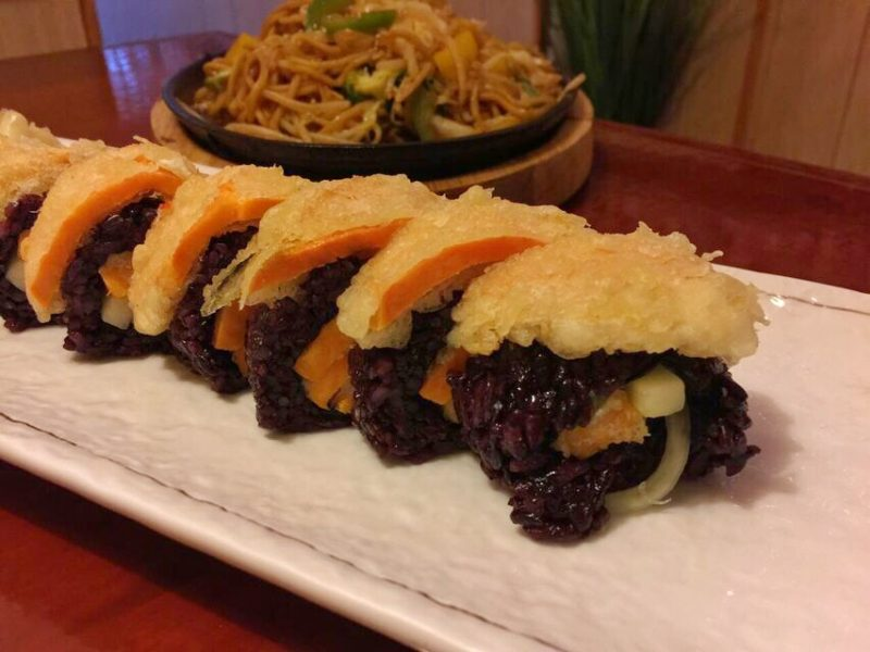 Hanaya yam yam tempura roll