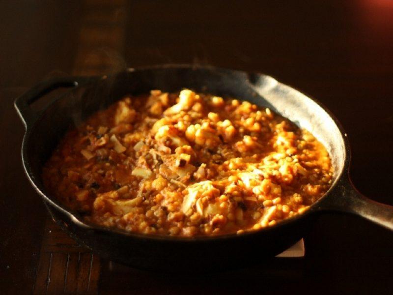 Lentil and roasted cauliflower skillet